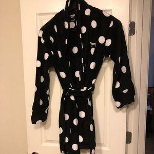 EUC Victoria Secret polka dot robe M/L size